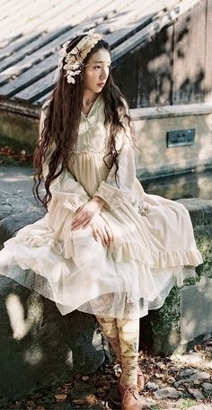 zashiki: flowy layers with tulle, tights, lace up shoes, long hair....