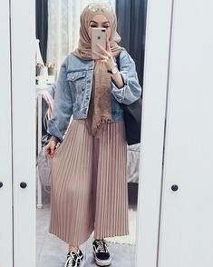 Casual Hijab Outfit, Hijab Chic, Hijab Dress, Casual Outfits, Modern Hijab Fashion, Muslim Fashion, Modest Fashion, Fashion Outfits, Modest Wear