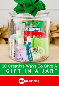 """10 Unique Gift Ideas For An Amazing """"Gift In A Jar"""" Gift baskets have been done to death, so give a gift in a jar this year! Check out these 10 creative ideas for heartfelt holiday gifts packed up in a jar. Diy Holiday Gifts, Homemade Christmas Gifts, Diy Christmas Tree, Homemade Gifts, Christmas Ideas, Handmade Christmas, Christmas Decorations, Thank You Gifts, Gifts For Him"""