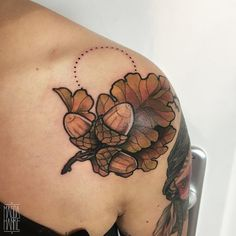 _autumn piece i did back in october love doing those small ones! #TAOT #germantattooers