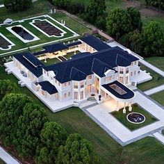 Mega Mansions, Mansions Homes, Luxury Mansions, Celebrity Mansions, Celebrity Houses, Dream Home Design, Modern House Design, Dream Mansion, White Mansion
