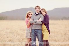 picture pose ideas for siblings - 25 best ideas about Adult sibling photography on Older Sibling Photos, Sibling Photo Shoots, Sibling Poses, Older Siblings, Teenage Family Photos, Photo Poses, Newborn Sibling, Adult Sibling Photography, Large Family Photography