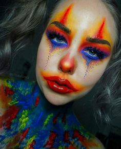 Hollywood Housewives Pretty Clown Makeup Halloween In 2019 Clown Girl Clown Makeup, Girl Clown Costume, Creepy Clown Makeup, Circus Makeup, Halloween Makeup Clown, Maquillaje Halloween, Doll Makeup, Clown Makeup Tutorial, Clown Face Paint