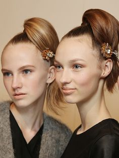 A super glamorous top knot.
