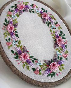new brazilian embroidery patterns Brazilian Embroidery Stitches, Embroidery Flowers Pattern, Embroidery Works, Creative Embroidery, Hand Embroidery Stitches, Silk Ribbon Embroidery, Embroidery Hoop Art, Hand Embroidery Designs, Cross Stitch Embroidery