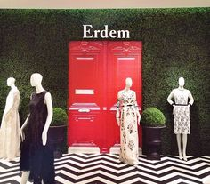 Erdem London Display Window at The Room   #inspiration #fashion #visualmerchandising #shopwindows #visualbydelook