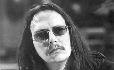 Peter Handke im Jahr 1973 Peter Handke, Sunglasses, Author, World Literature, A Letter, Writers, Sunnies, Shades, Eyeglasses