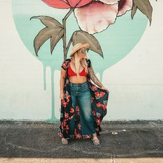 Music Festival Looks Popularized in music festivals . Plus Size Bikini Bottoms, Women's Plus Size Swimwear, Curvy Swimwear, Beach Vacation Outfits, Hawaii Outfits, Vacation Clothing, Outfits Plus Size, Crop Top Outfits, Festival Looks