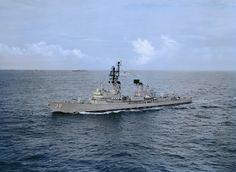 Vietnam War naval ships of Australia Navy Man, Us Navy, Australian Defence Force, Royal Australian Navy, Naval History, Navy Ships, Aircraft Carrier, Vietnam War, Perth