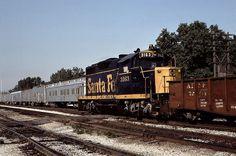 Atchison, Topeka & Santa Fe EMD GP-20 3163