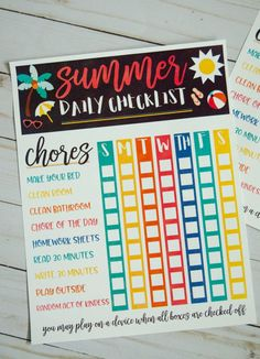 Kids Summer Checklist | FREE PRINTABLE by Lindi Haws of Love The Day