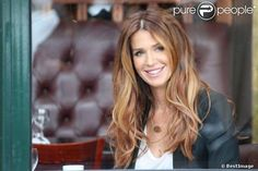 Poppy Montgomery. Beautiful hair.