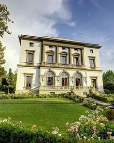 Grand Hotel Villa Cora in Florence, without a doubt THE most amazing hotel I've ever stayed at (or seen)!