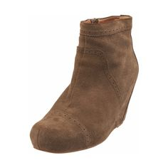 Pre-Owned Jeffrey Campbell Tan Suede Ankle Wedge Booties Sz 7.5 ($25) ❤ liked on Polyvore featuring shoes, boots, ankle booties, neutral, tan wedge booties, suede ankle boots, wedge booties, suede wedge bootie and tan booties