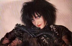 "ilovesiouxsiesioux: ""♡ Siouxsie Sioux ♡"""
