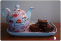 Brownies al cioccolato con pepite di cioccolato bianco
