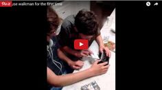 FreeStuff.Website VideoKids Use a Walkman For the First Time.