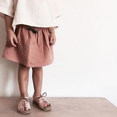sweet • little • legs Those #sweetlittlelegs dressed with #liilu#musselin#midiskirt in rose are ready for summer thanks @jackiekah for this pic!