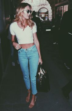Crop top and light wash jeans