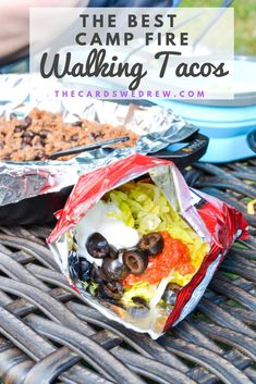 Easy Camping Dinner Idea: Walking Tacos Need an easy make ahead camping meal idea? This walking taco Camping Food Make Ahead, Camping Lunches, Camping Menu, Make Ahead Lunches, Backpacking Food, Camping Foods, Camping Recipes, Tent Camping, Camping Hacks