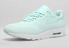 shoes nike shoes nike nike running shoes nike air nike sneakers pastel sneakers green