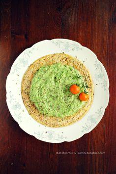 Moje Dietetyczne Fanaberie: Lekki omlet z musem cukiniowo-brokułowym