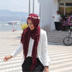 Simple and cool scarf
