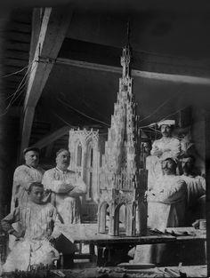 Les sculpteurs et tailleurs de pierre de la flèche de la Cathédrale de Strasbourg.