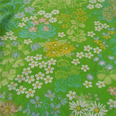 Påslakan i somrigt blommigt tyg retro 70-tal på Tradera.com - Tyger |