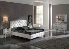 Baroque bedroom grey & white http://walterbed.com/Lit-Nelly-Dupen-0,,1358,0.html