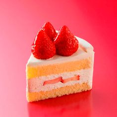 suzette-shop - ショートケーキ shared by OnigiriAkemi Strawberry Desserts, Köstliche Desserts, Delicious Desserts, Dessert Recipes, Yummy Food, My Favorite Food, Favorite Recipes, Japanese Sweets, Aesthetic Food