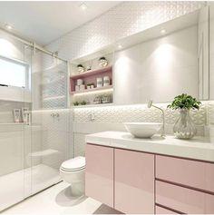 Banheiro Tiled Bathrooms, Modern Bathroom Tile, Bathroom Layout, Bathroom Toilets, Washroom, Dream Bathrooms, Bathroom Interior, Bathroom Ideas, Small Bathroom