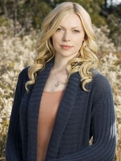 Laura Prepon...love her as a blonde, redhead, or brunette