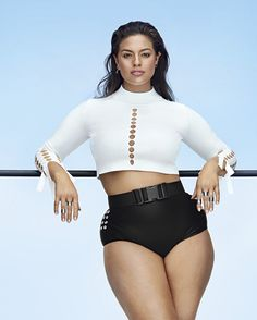 Ashley Graham has become the face—and body—of a beauty revolution. And she's only just getting started. Plus Zise, Mode Plus, Plus Size Bikini, Plus Size Swimsuits, Modelo Ashley Graham, Plus Size Fashion, High Fashion, Body Revolution, Plus Size Model