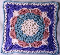 [Free Pattern] Enough Love To Go Around Is A Beautiful Square