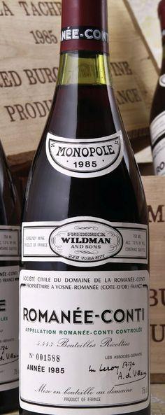 O Romanéé-Conti é um dos vinhos mais famosos do mundo. Produzido na Borgonha, França, num vinhedo de apenas 250.000 metros quadrados (5.500 garrafas ao ano),  o Domaine de La Romanée-Conti. A propriedade teve inúmeros donos, até ser adquirida pelo príncipe de Conti. Alguns vinhedos de elite são classificados como premier crus e a eleite da elite como grand cru, caso da vinícola do Romanée-Conti. É um vinho de guarda, atinge seu ápice após 15-20 anos, feito exclusivamente com a uva pinot…
