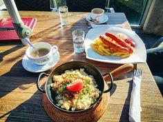 Zellberg Stüberl (1.840 m) - Gemütlichkeit würzt jedes Essen! Restaurant, Kitchen, Tips, Food, Cooking, Restaurants, Kitchens, Supper Club, Cucina