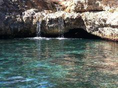 La Dolce Riva, un locale a Otranto con una grotta tutta da scoprire.  http://www.nelsalento.com/guide/otranto.html  #nelsalento