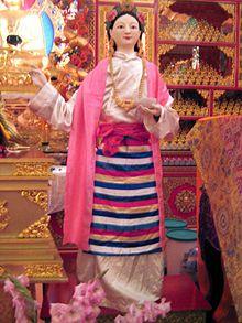 Yeshe Tsogyal Yeshe Tsogyal (757–817), was the consort of Padmasambhava, the founder-figure of the Nyingma tradition.
