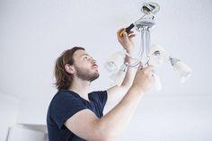 Cómo reemplazar una lampara en casa
