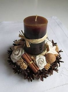 How to make Christmas centerpiece brown candles - Christmas Decorations . - How to make Christmas centerpiece brown candles – Christmas Decorations {hashtags - Candle Centerpieces, Christmas Centerpieces, Diy Candles, Xmas Decorations, Decorative Candles, Noel Christmas, Christmas Candles, Christmas Wreaths, Christmas Crafts