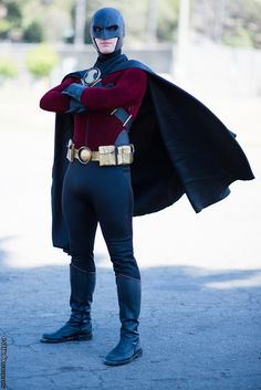 Post with 0 votes and 161 views. Red Robin Cosplay (Pre-New Nightwing Cosplay, Batman Cosplay, Superhero Cosplay, Dc Cosplay, Male Cosplay, Cosplay Ideas, Cosplay Style, Dc Costumes, Super Hero Costumes