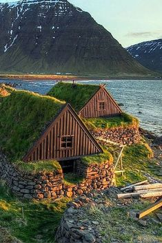 Check out 10 AMAZING Things to See in Iceland! - Avenly Lane Travel