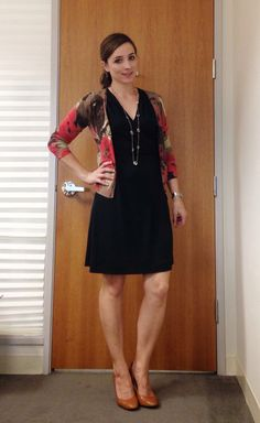 Nine-Thirty to Five: Just Another Manic Thursday. Cute Teacher Outfits, Cute Work Outfits, Sexy Outfits, Fall Outfits, Casual Outfits, Pencil Skirt Dress, Pencil Skirts, Casual Dresses, Fashion Dresses
