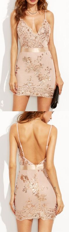 Sequins dress from shein.com. Gold bodycon dress with spaghetti strap neckline, plunge and open back. Love the delicate floral pattern mostly! Sexy for party! Shein Exclusive!