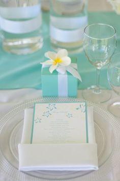 :: Aqua + yellow + white. Table setting. Event Essentials Hawaii.
