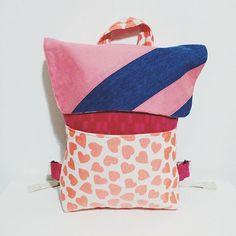 Noi siamo già pronti per la scuola. E voi? #kidsbackpack #backpack #designkids
