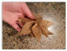 cómo hacer adornos de arpillera poinsettia navidad, de la navidad, manualidades, decoración de fiestas de temporada