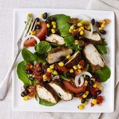 Chicken Fiesta Salad | So much good stuff together in one awesome dinner salad.