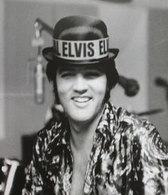 A joker, but certainly not a bean counter: Elvis during rehearsals for concert documentation 'Elvis That's The Way It Is' (1970)